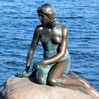 Facebook censure la photo de la sculpture de la Petite Sirène à cause de sa nudité